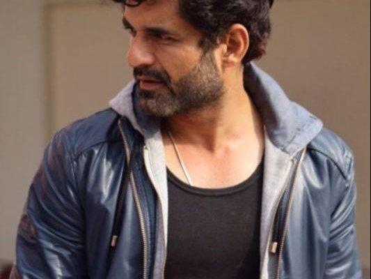 Director Rohit Jugraj