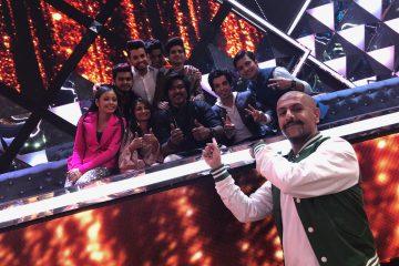 Paras Nath with Music Composer Vishal Dadlani and Indian Idol Contestants (2)